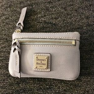 Dooney and Bourke Zip Top Card Holder Change Purse